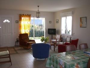 maison locations de vacances Merville-Franceville